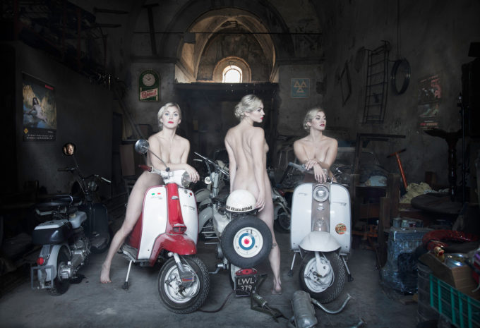 3 Graces on Lambrettas